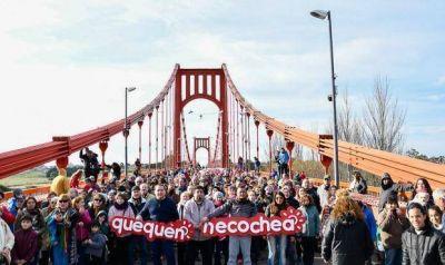 Finalmente se festejaron los 90 años del Puente Colgante