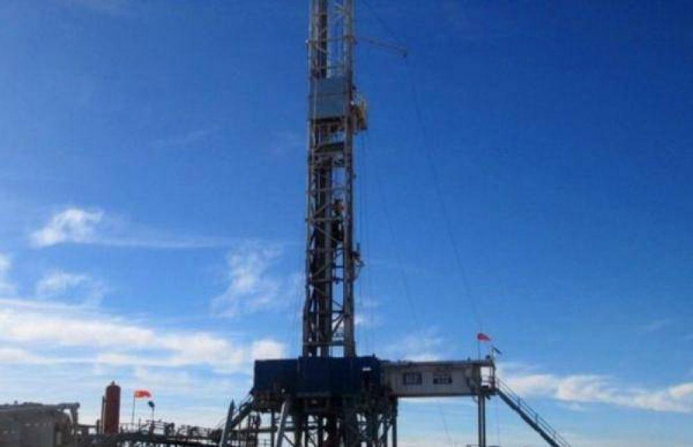 Shell incorporó una torre de perforación en Vaca Muerta