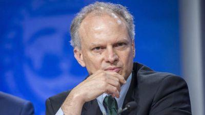 El FMI cruzó a Alberto y aseguró que las tasas deberán permanecer altas