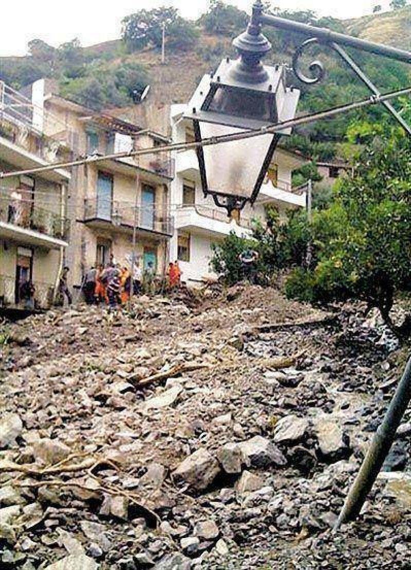 Un temporal de lluvias provoca un alud en Sicilia y deja 20 muertos