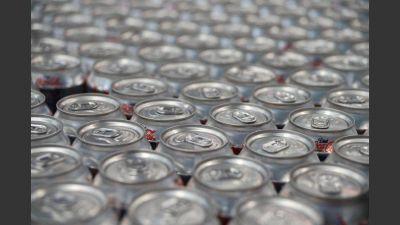 Suben cervezas y gaseosas, y se esperan más remarcaciones en góndola