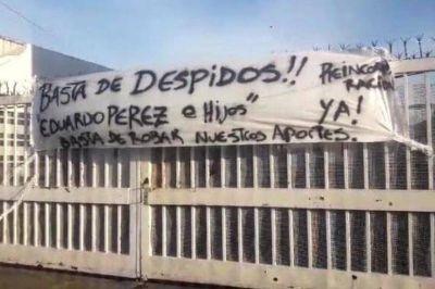 La fábrica de soda Manantial de Los Hornos paralizada por despidos