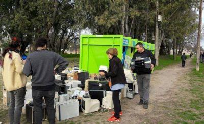 Campaña de recolección basura electrónica en Parque Avellaneda