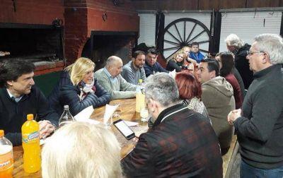 Vilma y Mario Rodríguez se reunieron con operadores del Mercado Comunitario