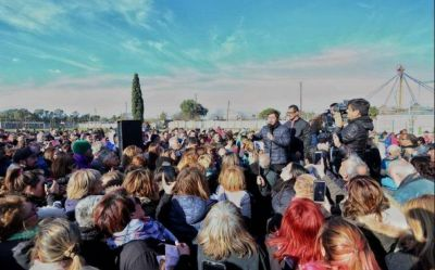 """Kicillof en Olavarría: """"Se va a despertar el gigante de la provincia de Buenos Aires"""""""