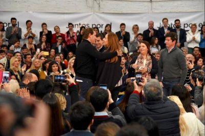 """Panorama Político Platense: El gran """"agujero negro"""" de la polarización local"""
