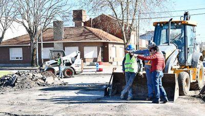 López verificó el avance de la repavimentación en las calles del microcentro