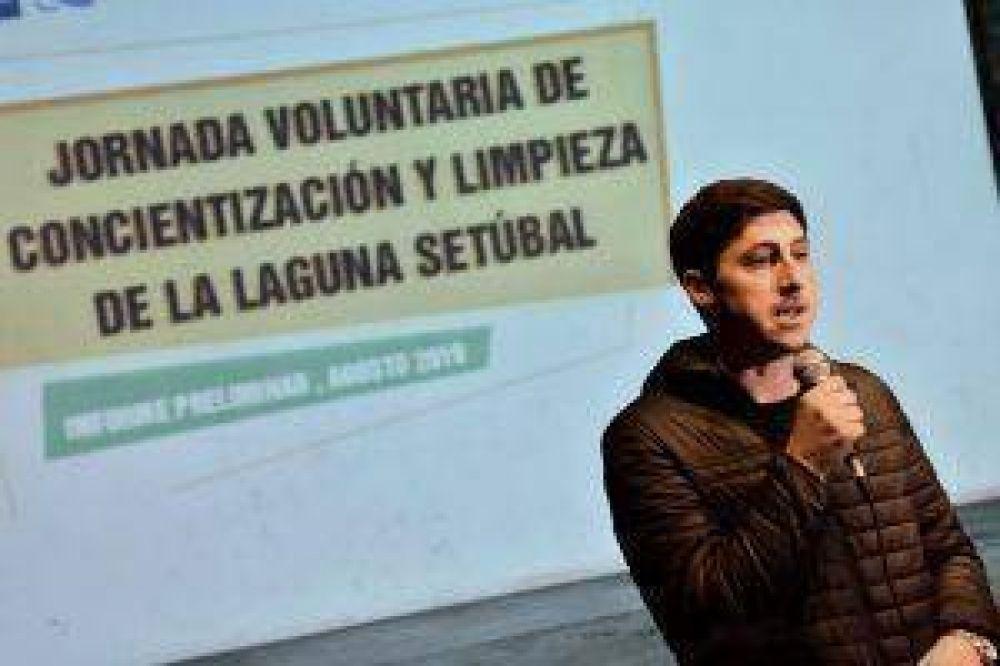 """Garibaldi: """"En sólo 3 horas se juntaron 522 kg de residuos de la Laguna Setúbal"""""""