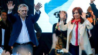 Alberto Fernández y Cristina Kirchner cierran su campaña en Rosario rodeados de los gobernadores del PJ