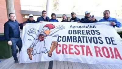 Trabajadores despedidos de Cresta Roja reclaman reincorporaciones