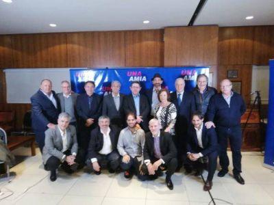 «Una AMIA» hizo su presentación en el Club CASA