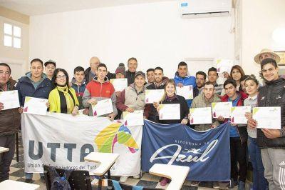 La UTTA culminó el Curso de Peón en el Hipódromo de Azul