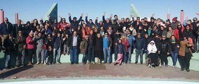 Biss presentó propuestas para Playa Unión y cerró la campaña con una caminata