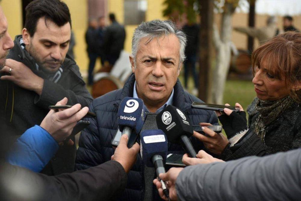Escándalo en Mendoza: Un caso de persecución gremial complica al gobernador Cornejo
