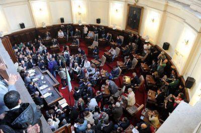 135 municipios, 135 Concejos Deliberantes: qué ponen en juego los intendentes