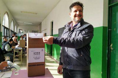 """Votó Luis Arias (Frente de Todos): """"Se está votando dentro de la normalidad"""", dijo"""