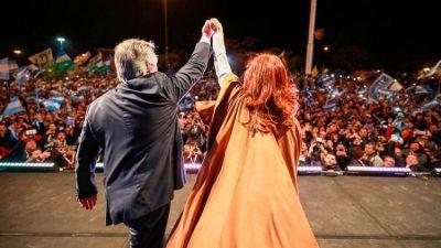 Cristina Kirchner pone en juego su capital político y busca volver de la mano de Alberto Fernández