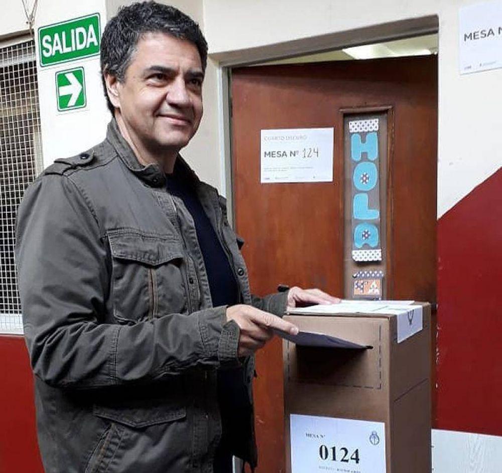 Jorge Macri votó en el Instituto Pedro Poveda