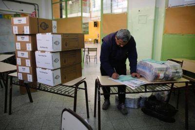 Lo que hay que mirar hoy: el camino al 45%, los votos en blanco y la asistencia