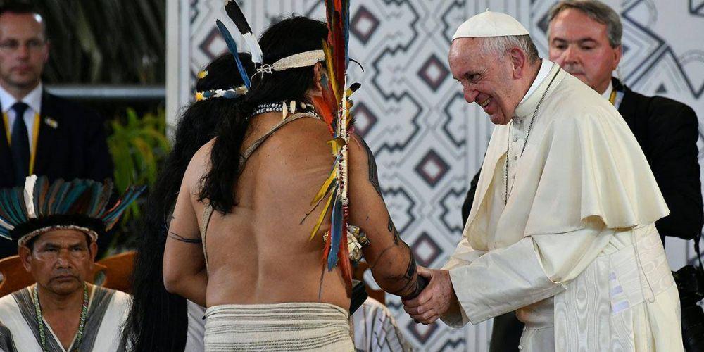 """El Papa advierte que los """"viri probati"""", no es el tema principal del Sínodo"""