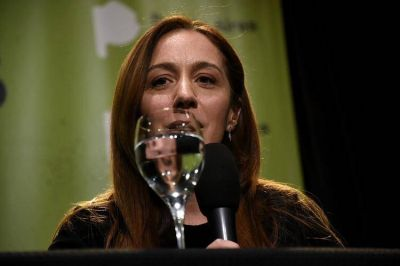 María Eugenia Vidal lanzará un paquete de medidas económicas para tratar de revertir la elección en octubre