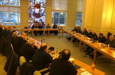 La Iglesia exhortaría al Gobierno y la oposición a actuar con responsabilidad hasta octubre