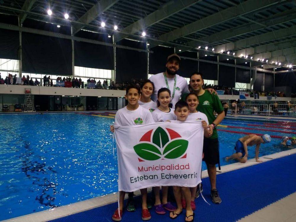 10 medallas para el equipo municipal de natación en el campeonato nacional de infantiles y menores