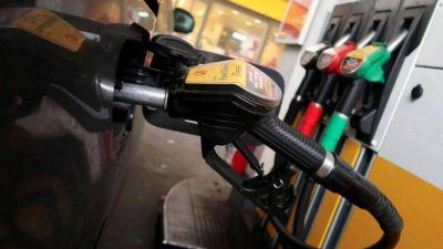 Crisis económica: tras el anuncio de Macri, advierten que el precio de la nafta está liberado y puede aumentar