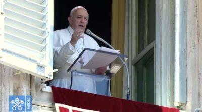 El Papa Francisco explica que Dios es alegría y no aburrimiento