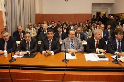 Echegaray denunció que la AFIP prepara testigos para que declaren en su contra
