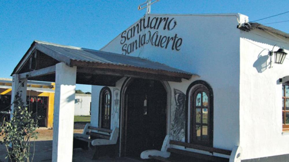 Multitudinaria celebración en honor a San La Muerte en Corrientes