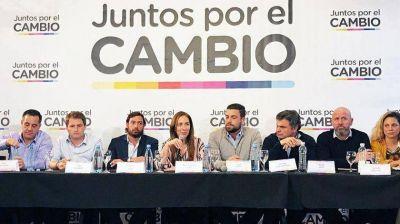 Vidal le dio vía libre a los intendentes para que municipalicen su campaña en octubre