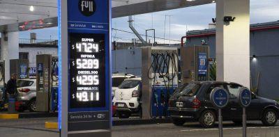 """IDEA pide """"suspender"""" la vigencia del decreto que congela por 90 días el precio de las naftas"""