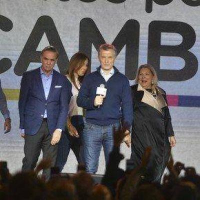 Marcos Peña resiste y el Gobierno estudia otras medidas