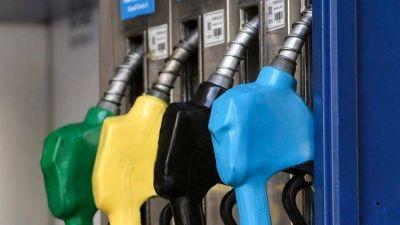 Las provincias petroleras llevarán a la Casa Rosada su reclamo por el congelamiento del precio de las naftas