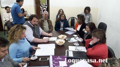 En medio de críticas, el secretario de Educación responderá inquietudes de concejales