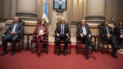 Guiños mutuos entre la Corte y Alberto Fernández