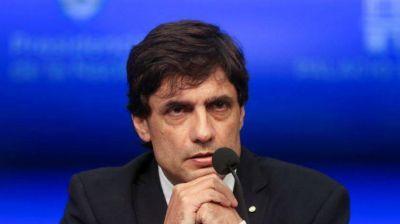 Lacunza pasó el primer test: abrió diálogos, ratificó metas fiscales y pudo estabilizar el dólar