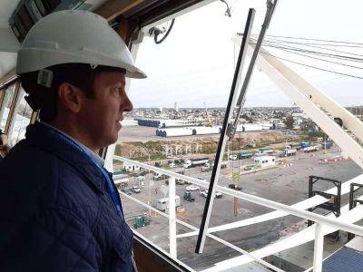 """Rojas: """"Puerto Quequén avanza hacia la exportación de contenedores"""""""