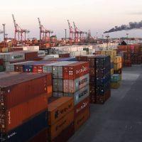 En julio, el país tuvo superávit comercial de US$951 millones