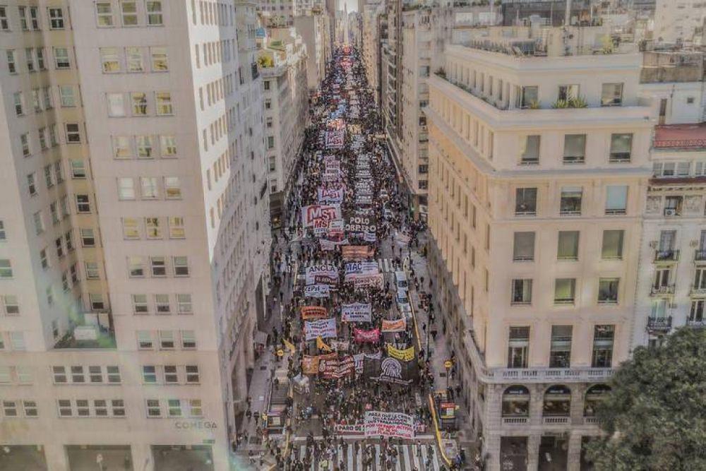 Sindicatos clasistas reclamaron por salarios en Plaza de Mayo