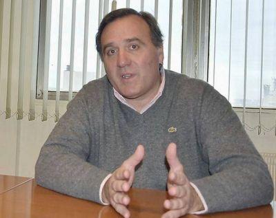 """Juan Aicega. """"Lo del tren rápido de Fernanda Raverta es una falta de respeto a los marplatenses"""""""