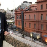 """Hernán Lacunza: """"No sirve tener reservas y un dólar que suba como un barrilete"""""""