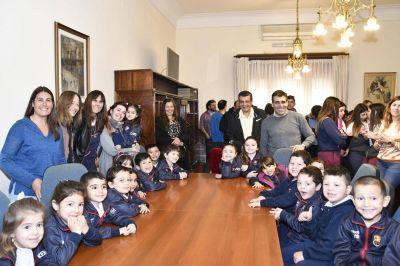 El Intendente recibió a los alumnos que nos representarán en la etapa provincial de la Feria de Ciencias