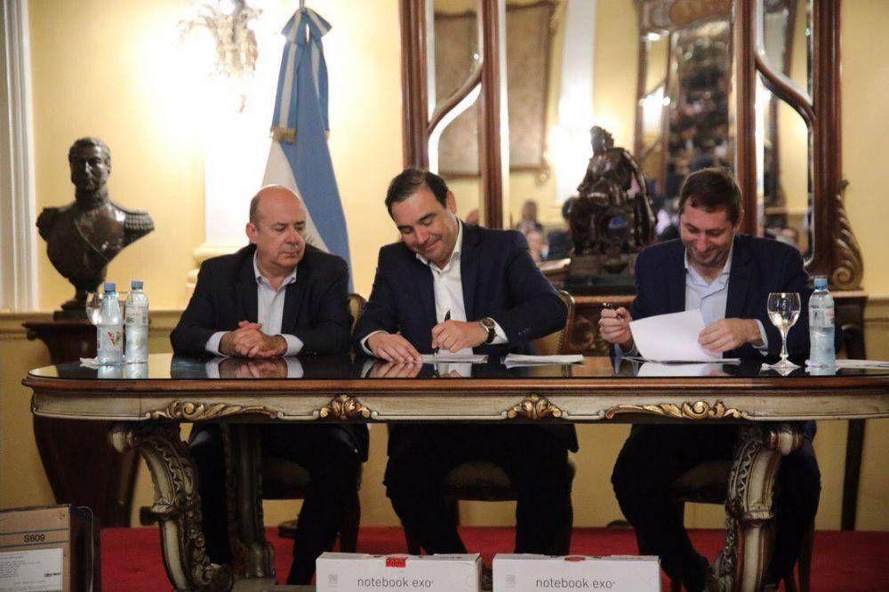 Firmaron un convenio con la Nación para obras por $ 400 millones en la capital y Curuzú Cuatiá