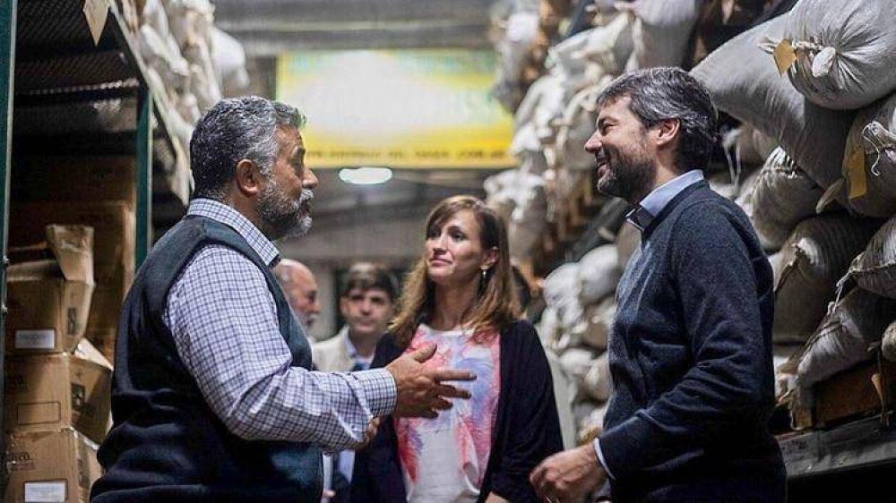 Matías Lammens retoma la campaña porteña con bajo perfil mediático en medio de la crisis económica