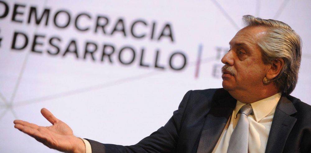 Alberto Fernández ya hace planes de gestión, pero se ve en un contexto muy frágil