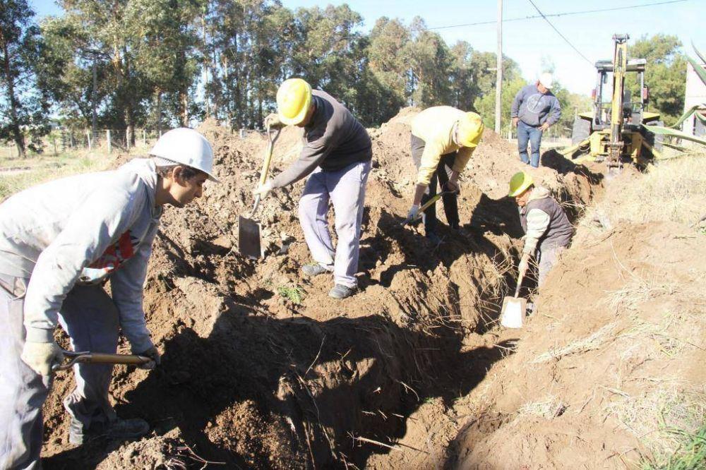 Comenzó la ampliación de la obra de agua, en Claromecó