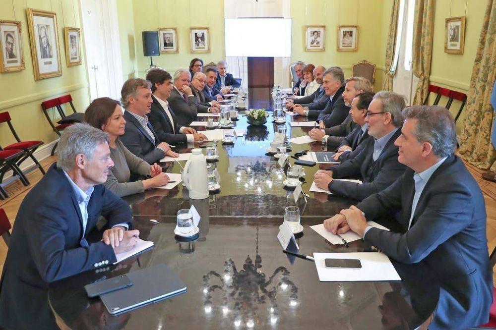 Optimista por la baja del dólar, Mauricio Macri pidió ahora no confrontar con la oposición