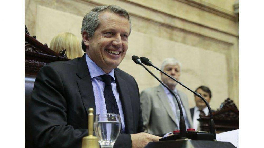 El PJ manda a Macri a seguir defaulteando por DNU y avisa: todavía faltan las retenciones